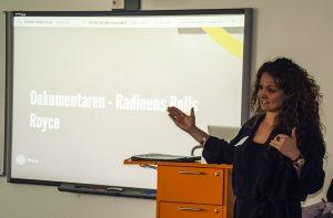 """ENGASJERTE: """"Fantastisk! Engasjert og tydelig formidlet!"""", var én av kommentarene til workshopen Radiodokumentaren ved Ana Margarita Milan Quinteros. <div class='byline'><img class='hair-line' src='http://test.mediepedagogene.no/wp-content/themes/mediepedagogene-theme/dist/images/sidebar-author-bottom.png'><br>Foto: Siren Halvorsen<br><img class='hair-line' src='http://test.mediepedagogene.no/wp-content/themes/mediepedagogene-theme/dist/images/sidebar-author-bottom.png'></div>"""